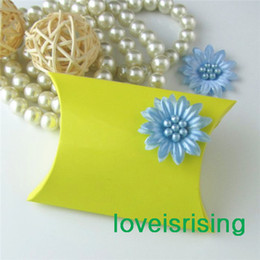 Wholesale 100 Pieces x7 x2 cm Yellow Color Pillow Favor Box Gift Box For Baby Shower Wedding Favors Boxes Supplies