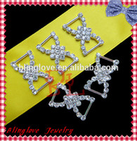 Wholesale fashion style high quality rhinestone buckle for invitation cards