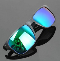Wholesale Hot selling men s sport sunglasses Cheap high quality sun glasses colors to choose from Resin Lens