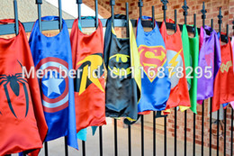 Wholesale 15 stylesHalloween capes Superman Spiderman superhero capes for kids Halloween Party gift Children s Costume