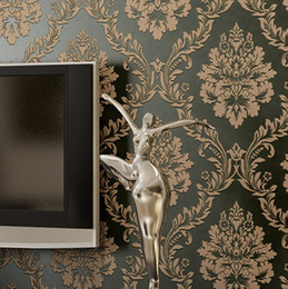 Wholesale Classic European Vintage Damask Non woven Wallpaper Roll Embossed Glitter Floral Wall paper For TV Backdrop Bedroom Black R65