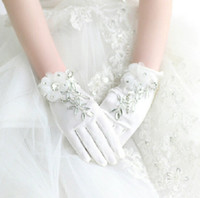 Wholesale The Best Selling Bridal Gloves Crystal Applique Satin Crystal Waist Length Women Formal Party Evening Prom Gloves Wedding Accessories