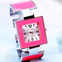 Wholesale Fashion Quartz Women Watches Womens Bracelet Watches Ladies Watches Cheap Watches