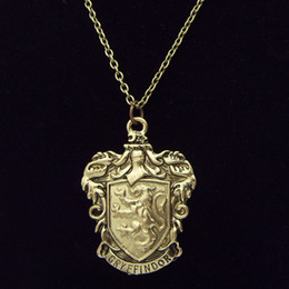 Wholesale New Fashion Harry Potter Gryffindor House Antique Bronze Metal Necklace Pendants