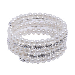 Wholesale Top Selling In Stock Bridal Jewelry Gorgeous Bracelet with Clear Crystals and Big Pearls Amazing Wedding Accessories