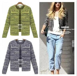 Wholesale Woman Winter Clothes Fashion Mixed Color Long Sleeve Knitting Cardigan Street Cool And Casual Style All Match Short Coats