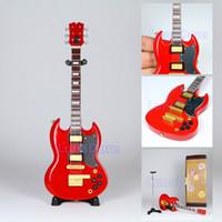 Cheap Mini Guitarra De Brinquedo Red Gibson SG Guitar Guitar Miniature Dollhouse Figure Musical Instruments Children Guitar