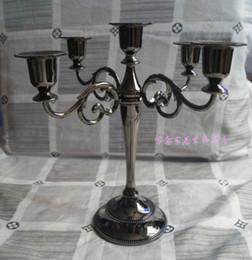 O envio gratuito de cor preta 5 de armas candelabros para o casamento ou eventos, castiçal de metal altura 27 centímetros, vara da vela do Natal