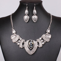 Wholesale Fashion Vintage Chinese Gemstone Crystal Jewellery Silver Plated Pendants Necklace Earrings Set For Women