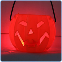 Wholesale Discount New Arrival Plastic Halloween Pumpkin Pot Halloween Decoration Luminous Voice Pumpkin Light For Children Gift M1607