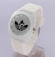 Wholesale Fashion Lucky Watches AD Wristwatches Ladies Clover Silicone Watch Color Quartz Leaf Grass Sport Watch for Girl Women Men