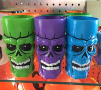 ECO Friendly plastic beer cup - 500ml Plastic Halloween Color Skull Cups Crystal Skull ware Beer Cup Creepy Cool for Halloween Fashion Gift Manual Frozen A765