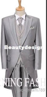 Wholesale modern silver wedding suits for men Groom Tuxedos one button formmal business dress Groomesmen suits Jacket Pant