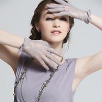Wholesale Short design female sweat absorbing pure finger lace gloves