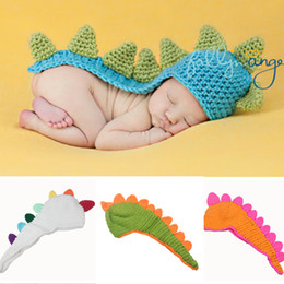 Wholesale New Custom Crochet Long Tail Dinosaur Baby Beanie Hat Newborn Baby Boys Girls Dinosaur Caps Spikes Tail Crochet Hat Caps