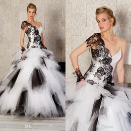 Wholesale 2015 Custom Made Princess Black and White Tulle One Shoulder Lace and Ruffles Ball Gown Glitter Quinceanera Dresses Prom Dress