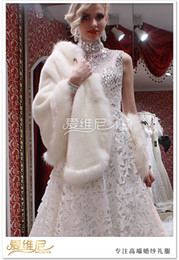 Wholesale Elegant Bridal Jackets Wedding Wraps Cheap Plus Size Soft Faux Fur Wedding Boleros Crystals Wedding Accessories Wedding Wrap Jacket Shawl