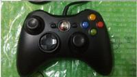 NUEVO USB ató con alambre la palanca de mando del regulador del juego de Joypad para el envío libre blanco y negro de la computadora Windows 7 de la PC de la consola de microsoft