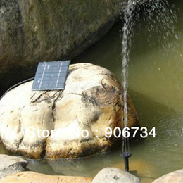 Wholesale 1 Watt Solar Power Water Pump Garden Fountain Submersible Pump with Suckers at the Bottom A Square Solar Panel on the Ground