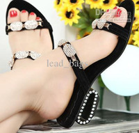 Wholesale Lady Sandals Summer Shoes Diamond Black Color prs Low Price S2
