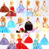 Wholesale Hot dresses hangers shoes Handmade Gown Doll Clothing Accessories Princess Skirt Suit For Barbie Kurhn Doll