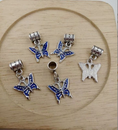 Promotion bleu argenté Chaud! Antique Silver Blue Enamel Butterfly Bug Garden Dangle Charms Beads fit Bracelets européens 28 x16mm (z535)
