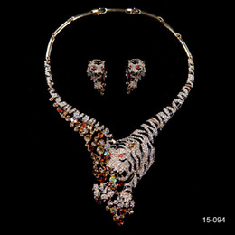 Wholesale Tiger Crystal Rhinestone Wedding Bridal Accessories Party Tear Drop Earring Necklace Jewelry Set K Gold Plated Metal In Stock