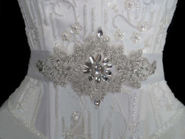 Free Shipping! 2019 Cheap Shiny Crystals Beads Bridal Sashes Bridal Belts Sparkling Wedding Belts Bridal Accessories