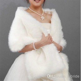 Wholesale SSJ New Bridal Wraps Jackets x35 cm Long White Faux Fur Shrug Cape Stole Wrap Wedding Bridal Special Occasion Shawl