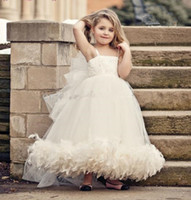 Wholesale 3001 Feathers Flower Girl Dresses Tutu New Lovely Vintage Bridal Flower Girl Spaghetti Straps Tulle Child Size