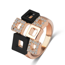 LZESHINE Brand Fashionable Crystal Rings Unique Real 18K Gold Plated Austrian Crystal SWA Element Square Ring Ri-HQ1114-C