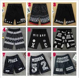 Wholesale Hot New summer men s casual Pyrex Vision Shorts loose slim fashion letter print weed bandana beach shorts sportswear