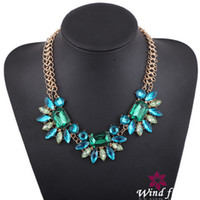 stainless steel collar - Green Crystal Rhinestone Bib Necklace Flower Acrylic Diamond Stainless Steel Gold Plated Chain Knited Collar Necklace Elegant EN0972