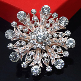 Wholesale Big Snowflake Crystal Wedding Brooch New Sparkling Clear Austria Crystals Flower Pins Brooches Cheap Party Dress Pin Rose Gold