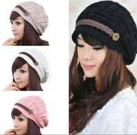 Wholesale Fashion Headwear Women Warm Rageared Baggy Winter Beanie Chunky Knit Crochet Ski Hat Cap