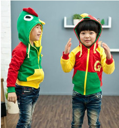 Wholesale boys clothing autumn cartoon style baby boys clothing with a hood child coat sweatshirt winter