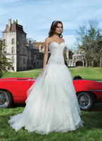 Wholesale Luxury Applique Wedding Dresses Strapless Applique Chapel Train Bride Wedding Gowns Dress NO