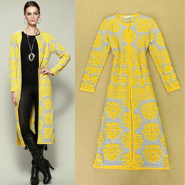 Wholesale New Arrival Women s O Neck Long Sleeves Floral Knitted Long Elegant Trench Coats