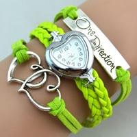 Precio de Cuero reloj pulsera corazón-Moda Una dirección Infinity Relojes de la armadura de la pulsera del corazón Relojes de pulsera de cuero Relojes Corazón casuística relojes de cuarzo Corazón Colores