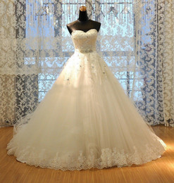 2019 New Lace Wedding Dresses Sweetheart Sleeveless Beaded Crystal Rhinestone Sash Chapel Train A-Line Tulle Bridal Gowns Real Picture