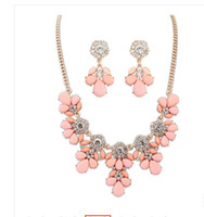 Cheap 2014 Europe and America Ruili sweet little clear bohemian style necklace earrings set family name Korean wholesale clothing accessories