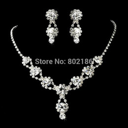 Wholesale Celebrity Inspired Crystal Tennis Statement Necklace Set Earrings Factory Price Wedding Bridal Bridesmaid Jewelry Sets F2AF051