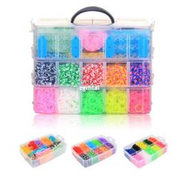 Venta al por mayor -15000 Bandas de bricolaje Nueva colores del arco iris de goma Loom pulsera Hacer Kit # R381 desde banda de goma al por mayor del kit de pulsera fabricantes