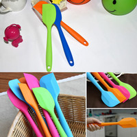 Wholesale a New Arrivals Best Cake Decorating Tools Silicone Cake Spatula Butter Mixer For Christmas Wedding