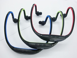 Wholesale - Headset sports MP3, wireless card headset MP3 player, running MP3, hang ear type MP3, optional FM