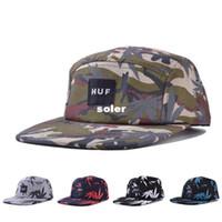 Wholesale HT182153 New Hip Hop Hemp leaf flat bill hats snapback cap Adjustable baseball cap hat for men and women