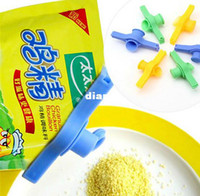 Wholesale New Arrive Creative Home Plastic Sealing Bag Discharge Nozzle Food Tube Sealed Clip