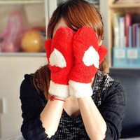 Wholesale South Korean winter love heart double plush gloves lady full finger gloves cute cartoon thick warm gloves