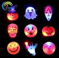 Wholesale 100pcs Flashing Halloween Brooch Ghost Pumpkin Led Pin Brooch Children Hallowmas Gifts Cosplay Adornment L024