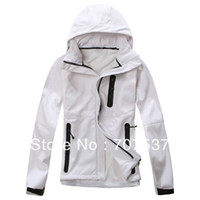 Wholesale Promotional lady softshell jacket Technical outdoor polyester bonded polar fleece Windbreak and Breathable N123